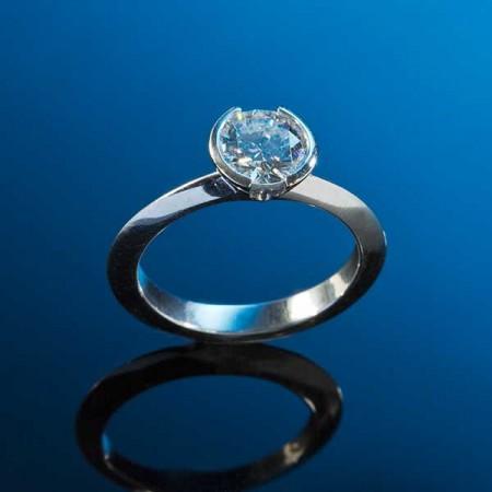 Diamond Platinum Solitaire