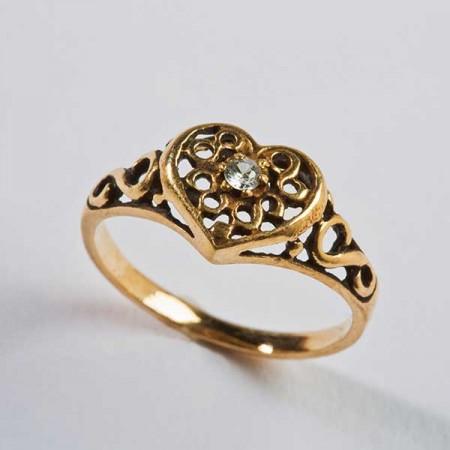 Gold Filigree Heart Ring